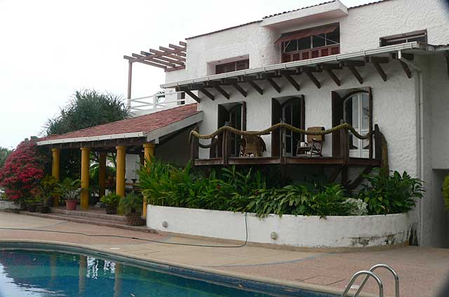 Big colonial style beach front house with swimming pool along the Pacific Ocean near Same in Ecuador