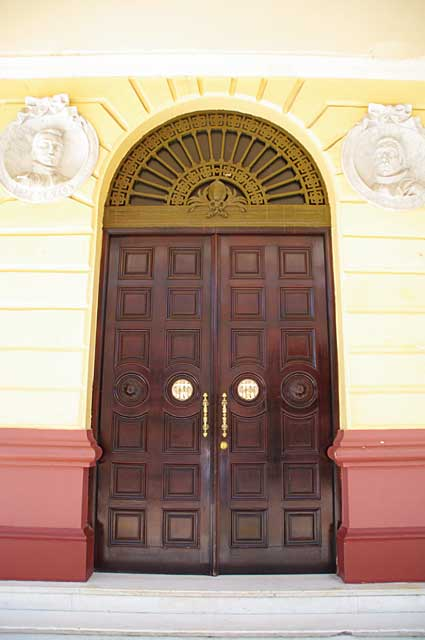 Photo of one of the huge doors on the Teatro Nacional in Panama City, Panama