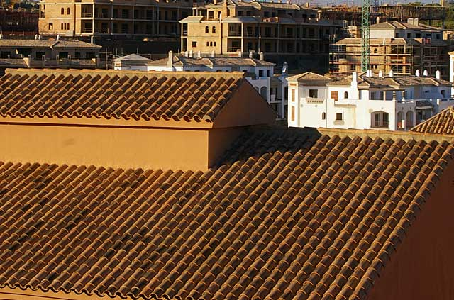 Example photo of a typical roof on a construction along the Spanish coastline
