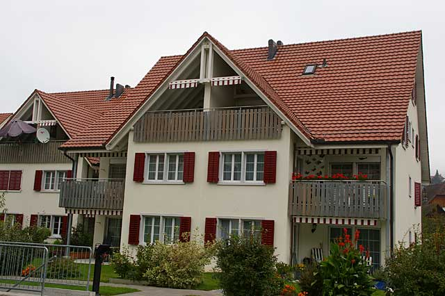 Photo example of new traditional homes in Switzerland